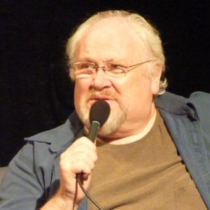 Colin Baker at MythMakers, 1 Jun 2014 (Credit: Chuck Foster)
