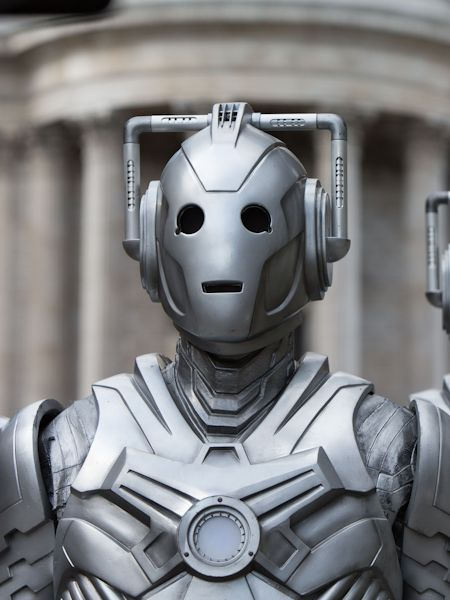 The Cybermen at St Pauls (Credit: BBC/Jack Barnes)