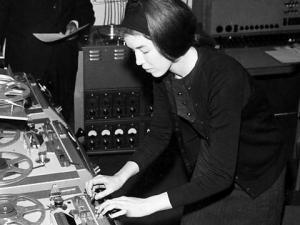 Sculptress of Sound: The Lost Works of Delia Derbyshire