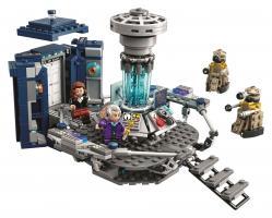 LEGO - TARDIS Playset (Credit: BBC Worldwide/LEGO)
