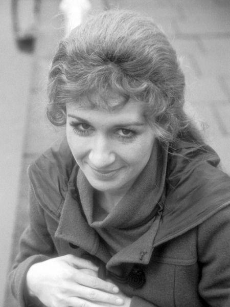 Caroline John (1940-2012)