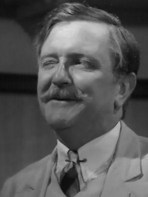 Tenniel Evans (1926-2009)