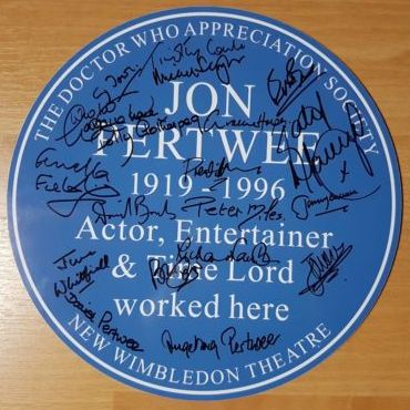 Jon Pertwee mini-Heritage Plaque signed auction item (Credit: DWAS)