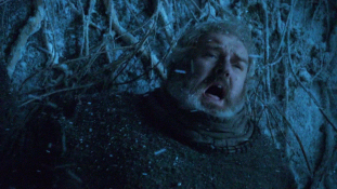 Hodor Caught in A Temporal Paradox (Credit: http://www.mymbuzz.com/)