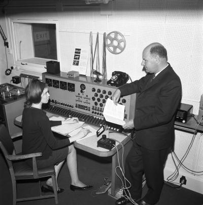 Delia Derbyshire,, Desmond Briscoe, BBC Radiophonic Workshop (Credit: BBC)