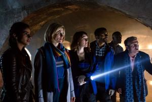 Resolution: Yaz (MANDIP GILL), The Doctor (JODIE WHITTAKER), Lin (CHARLOTTE RITCHIE), Mitch (NIKESH PATEL), Ryan (TOSIN COLE), Graham (BRADLEY WALSH) (Credit: BBC/Sophie Mutevelian)