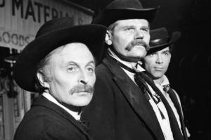 The Gunfighters: Don't Shoot the Pianist