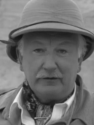 T P McKenna (1929-2011)