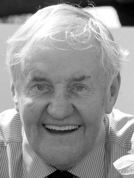 Richard Briers CBE (1934-2013)